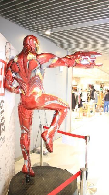 アイアンマン等身大フィギュア